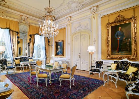 Hotel Imperial Vienna: Royal Suite Salon