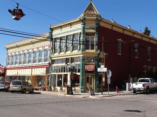 Philipsburg, MT: broadway hotel