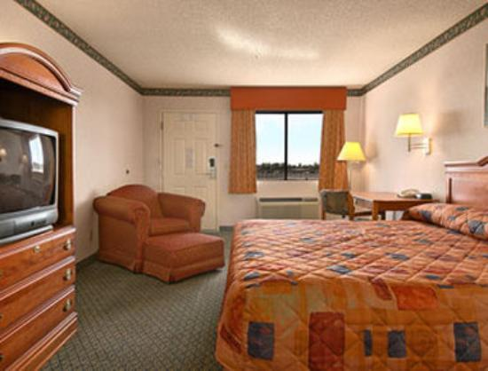 Super 8 Tucson/I-10 : Standard King Bed Room