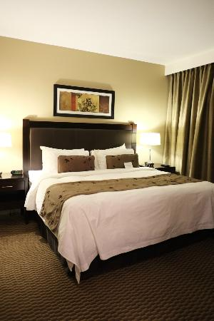 Parkside Victoria Resort & Spa: One of the rooms in the deluxe suite