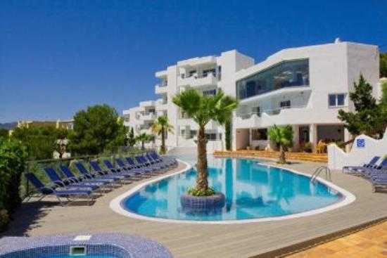 Ferrera Beach Apartments