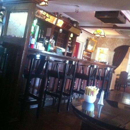 Bellbridge House Hotel: Bellbridge Bar