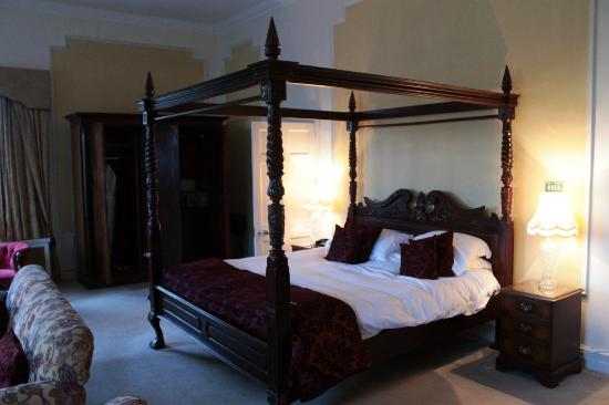 Waterford Castle Hotel: Presidential Suite Bedroom