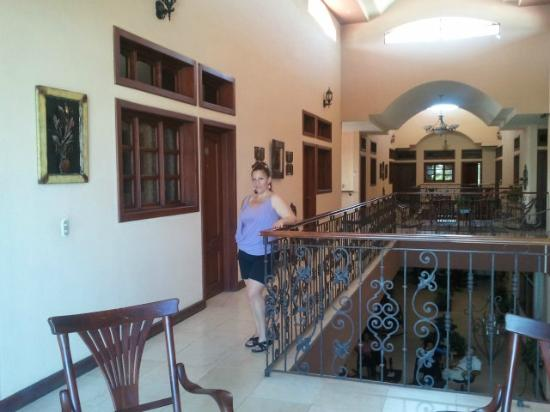 Hotel Internacional Managua : Me in front of our Room