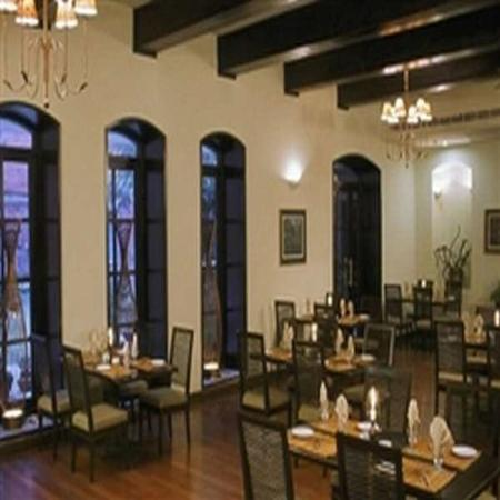Gokarna Forest Resort: Dining