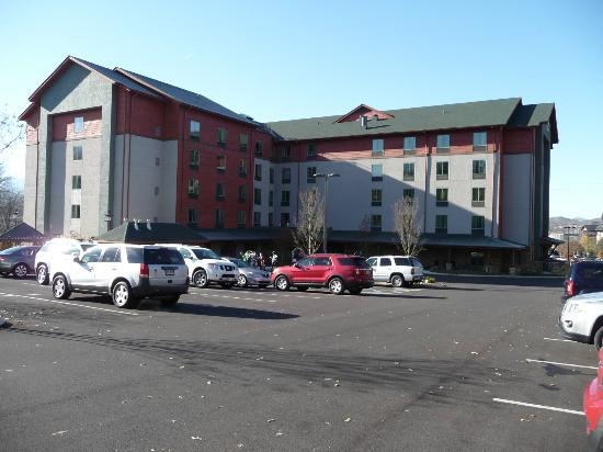 ‪‪Hampton Inn Pigeon Forge‬: Back view of hotel‬