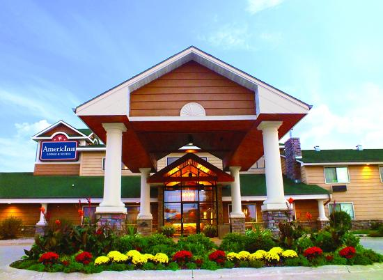 Photo of AmericInn Lodge & Suites Okoboji
