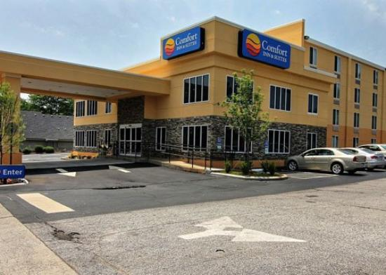 Comfort Inn and Suites: SCExterior