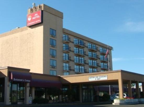 M Hotel & Conference Center