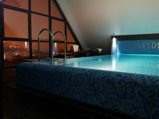 Belvedere Hotel: jacuzzi