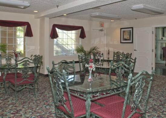Andrews, North Carolina: Breakfast Area