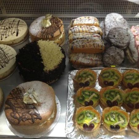 Carrie's Cakes: treats