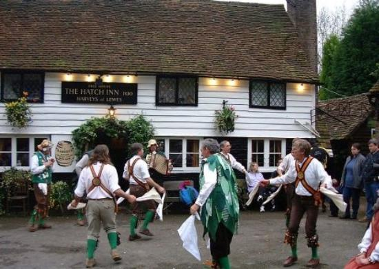 Coleman's Hatch, UK: May Day at The Hatch Inn.....6.00AM!