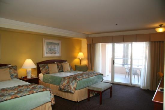 Tamarack Beach Resort Hotel: Ocean View Hotel Room