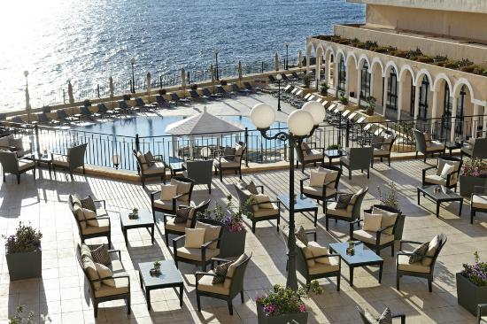 Radisson Blu Resort, Malta St Julian's: The Bridge Bar Terrace