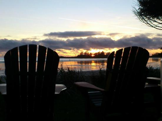 BriMar Bed and Breakfast: Winter Sunset on the Beach