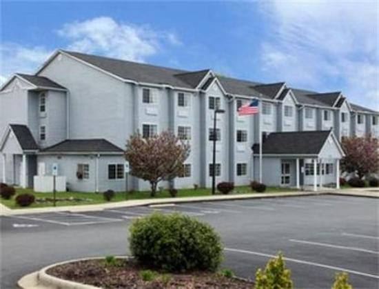 Royal Suites Mount Airy