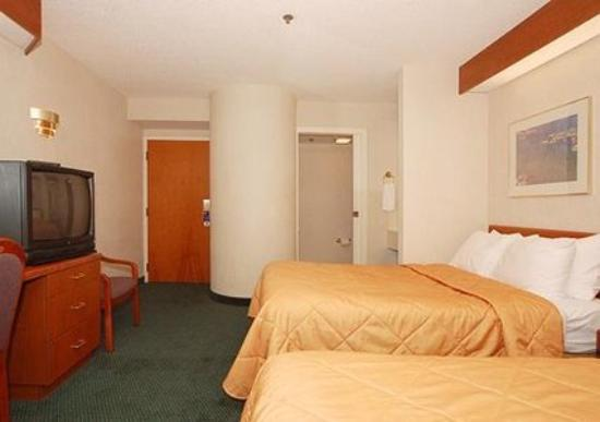 EconoLodge Inn & Suites: Interior