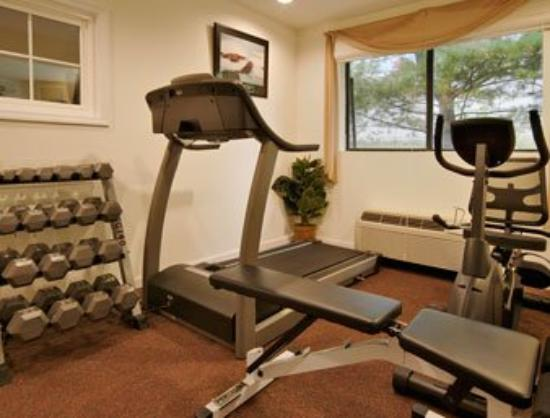Super 8 Motel New Paltz: Fitness Center