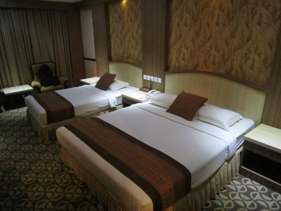 Formosa Hotel: 2 Double beds for 4