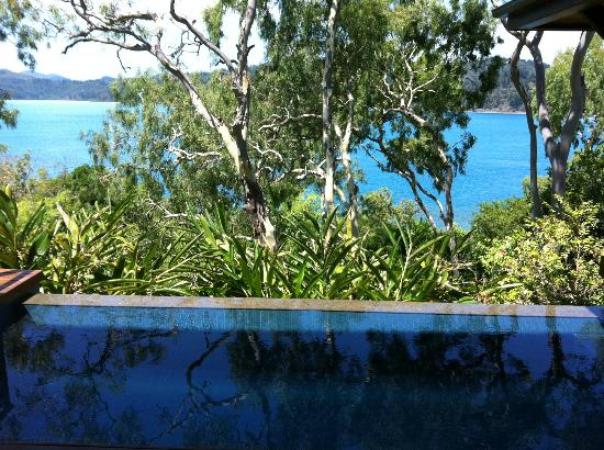 Qualia Resort: View from Pool in Room
