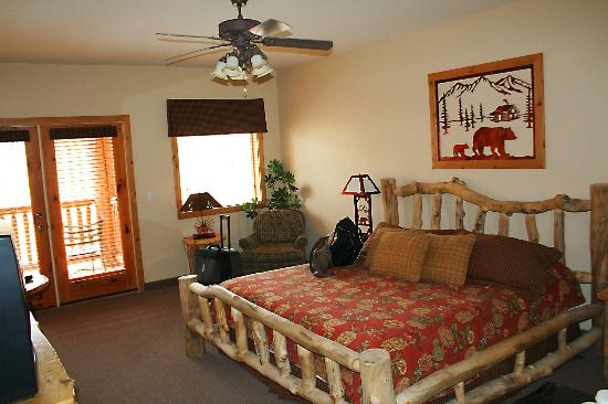 cooles bett picture of majestic view lodge springdale. Black Bedroom Furniture Sets. Home Design Ideas