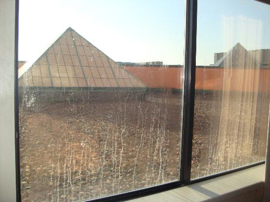 Welch, Миннесота: View from our room, windows need to be cleaned!!!