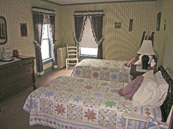 Pittsfield, VT: Bedroom #6