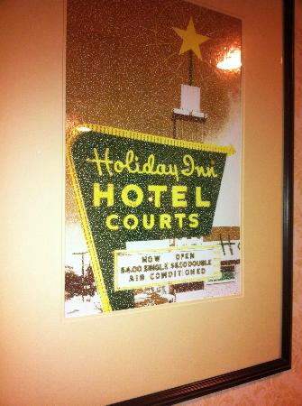 Holiday Inn North Haven: Picture of old Holiday Inn hanging near Catering rooms