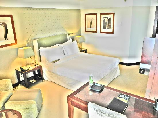 InterContinental Lisbon: Hotel bedroom