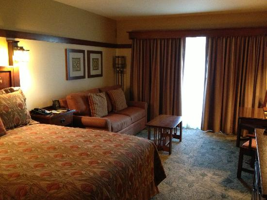 Disney's Grand Californian Hotel: living area (fold out couch)