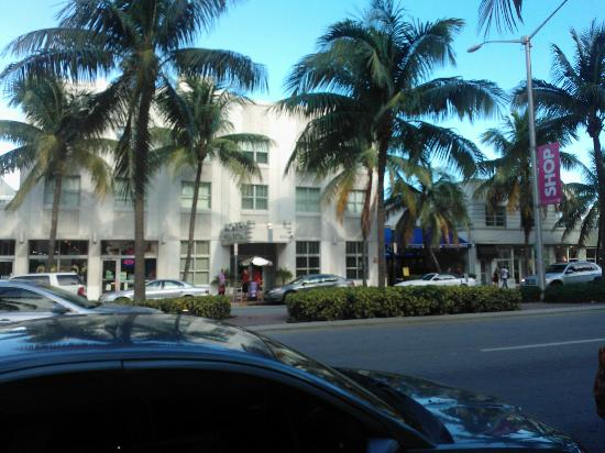 Clinton Hotel South Beach: Vista da Fuori