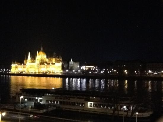 art'otel budapest: the view in the evening of the Parliament across the Danube