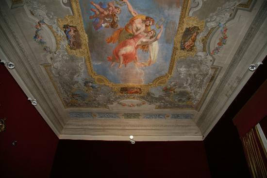 1865 Residenza d'epoca: Ceiling in the breakfast area