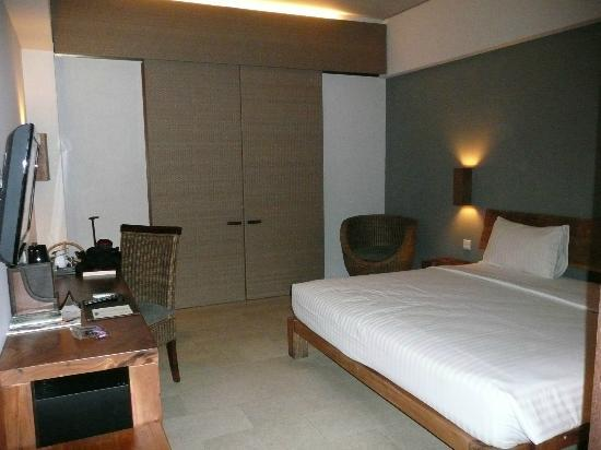The Oasis Lagoon Sanur: The room