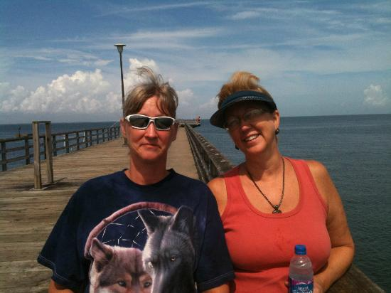 This is the fishing pier picture of chesapeake bay for Chesapeake bay bridge fishing report