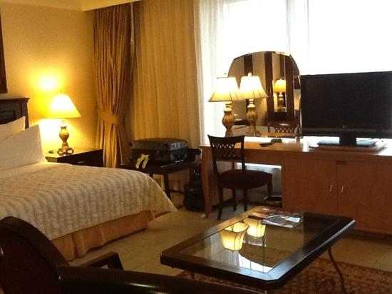 Photo of Al Sondos Suites Dubai