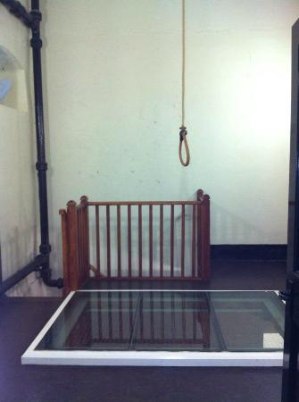 noose  - Picture of Crumlin Road Gaol, Belfast