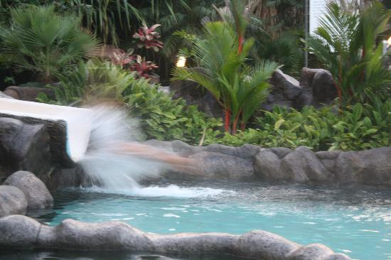Los Lagos Hotel Spa & Resort: my friend coming down the hot thermal pool water slide