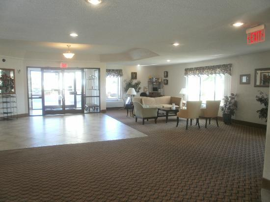 Comfort Inn Winterville: Spacious open lobby to welcome you ...