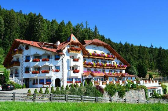 Photo of Hotel Sambergerhof Villanders