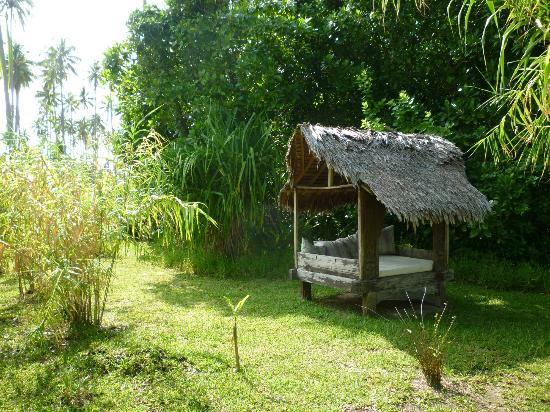 Ratua Private Island: Day bed