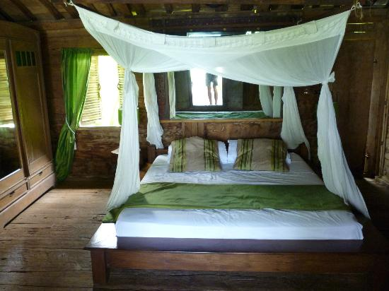 Ratua Private Island: Deer villa bedroom