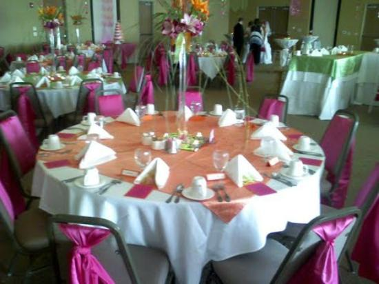 Comfort Suites of Johnson Creek: Weddings