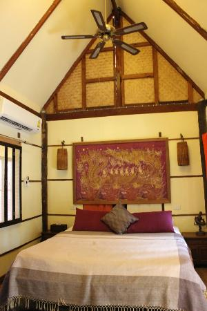BaanBooLOo Traditional Thai Guest House: Bao Sao Suite