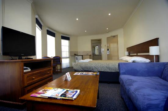 Dickson Parklands Apartment Hotel