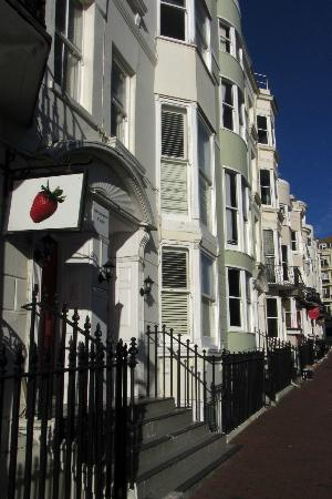 Strawberry Fields: Brilliant location right near the pier