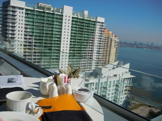 Conrad Miami: Breakfast on the terrace
