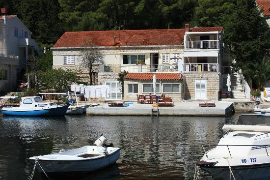 Korcula Waterfront Accommodation