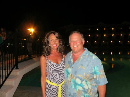Secrets Capri Riviera Cancun: Pics at night
